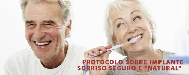 Protocolo sobre implante deixa o sorriso natural